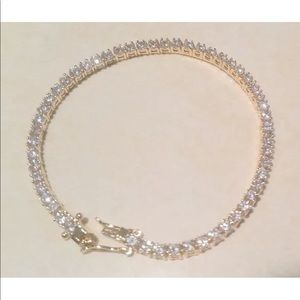 Jewelry - Gorgeous 5.0CT Tennis Bracelet!